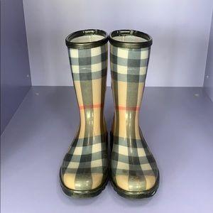 Burberry classic pattern rain boots